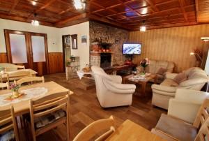ubytovanie žember - chata žember - obývacia izba